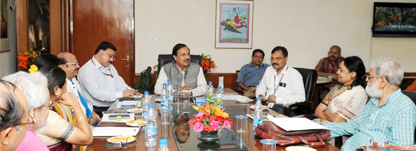 The Minister of State for Culture and Tourism (I/C), Dr. Mahesh Sharma chairing the meeting of the e...
