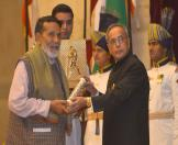 Gandhi Peace prize for the year 2013 To Shri Chandi Prasad Bhatt 6
